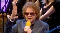 Click to play clip: Mick Hucknall interview on Weekend Wogan