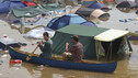 Glastonbury 2005 - Radio 1 Newsbeat report on the floods