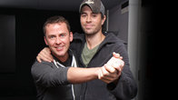 Click to play clip: LIVE CAM: Enrique Iglesias slow-dances with Scott