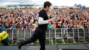 Outdoor Stage - Vernon Kay mass running man