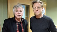 Click to play clip: Dave Edmunds chats to Simon Mayo