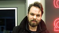 Click to play clip: Gaz Coombes chats with Mark
